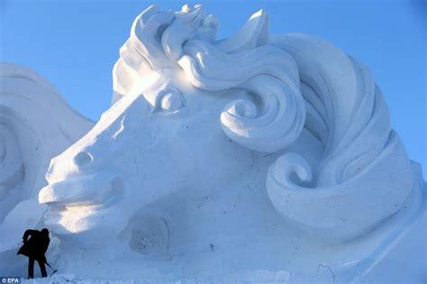 Travel Jumbo Frozen Trj frozen castle built from at the harbin and snow festival 2014 mitsueki