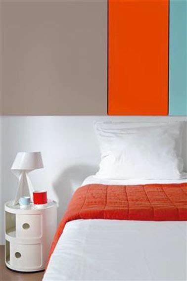 association couleur peinture chambre couleur peinture chambre gris taupe et tangerine