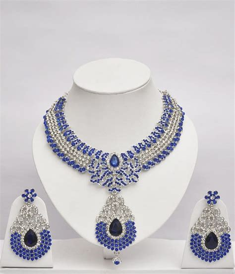 blue white stones studded shining jewelry set online