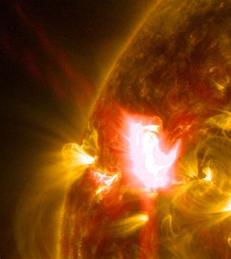 Solar Flare Detox Center by Nasa Releases Images Of M Class Solar Flare