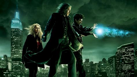 film fantasy magia the sorcerer s apprentice 2010 review by that film guy