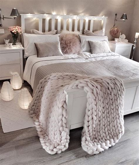 ways to make a bedroom cozy best ideas to make your bedroom extra cozy and romantic 21 onechitecture