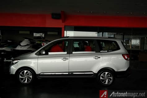 Kaca Mobil Wuling impression preview wuling confero s 2017 prototype