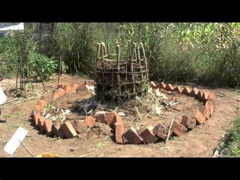 Keyhole Gardening by Keyhole Garden How To Make An Style Raised Bed