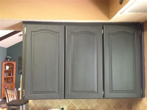 chalk paint grey cabinets chalk paint to refinish kitchen cabinets wilker do s