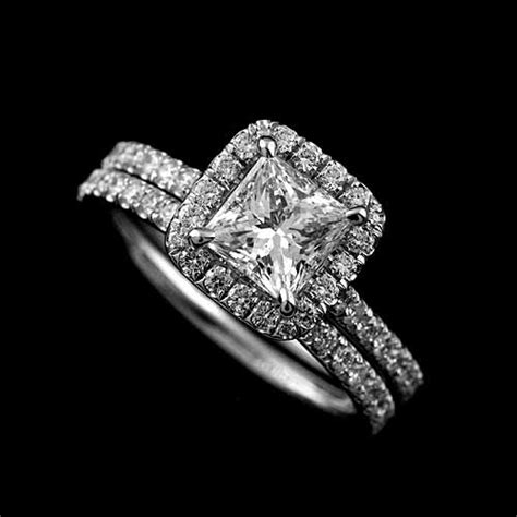 halo engagement ring princess cut setting and
