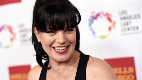 pauley perrette glasses ncis actress pauley perrette punched near hollywood home