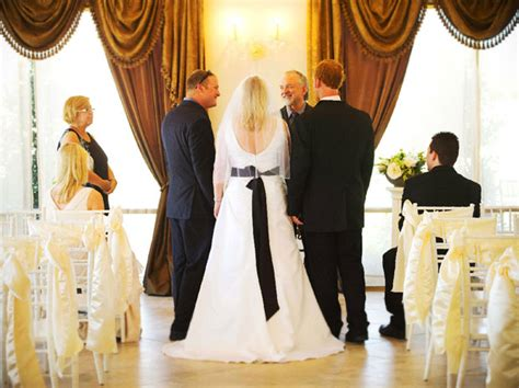 wedding venues intimate budget weddings at the dfw wedding room intimate weddings feragne villa reviews