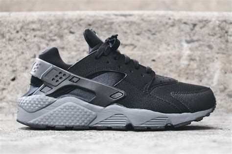 Nike Air Huarache Black Grey nike air huarache black grey where to buy