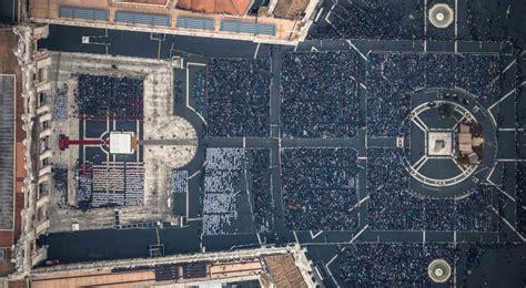unicite porta di roma giubileo della misericordia il vaticano piazza san