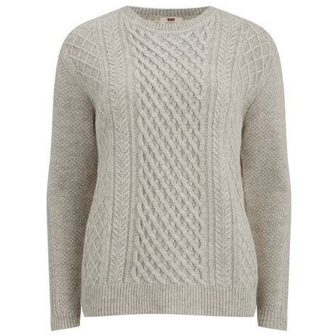 knitting pattern womens jumper levi s women s classic cable knitted jumper icy heather