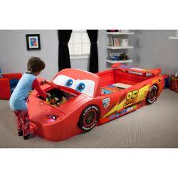 Lighting Mcqueen Car Bed Delta Children S Products Convertible Toddler To Bed