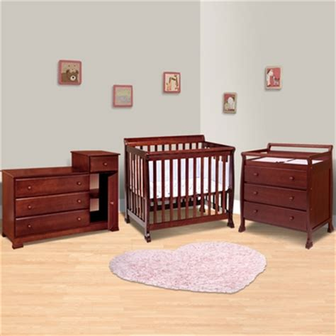 Crib Dresser Changing Table Set Da Vinci 3 Nursery Set Kalani Mini Crib 3 Drawer Changing Table And Combo Changing