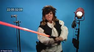 Melissa mccarthy messes up in spoof of star wars auditions for young