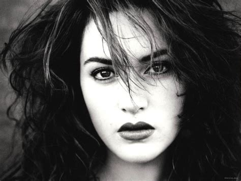 black and white wallpaper of actress kate winslet kate winslet wallpaper 1897416 fanpop