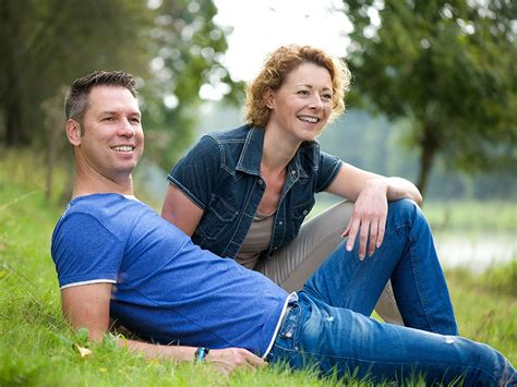 10 For Dating In Your Forties by 5 Reasons Dating In Your 40s Is Better Than