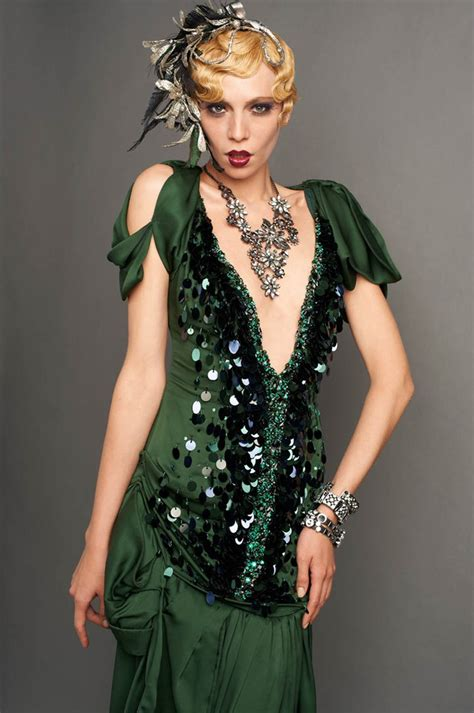 Great Wardrobe by The Great Gatsby Looks And Merchandise La Times