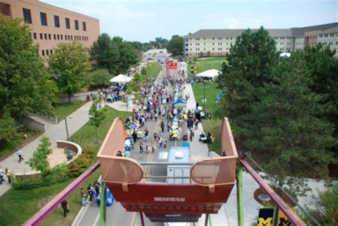 Um Flint Start Of New by Um Flint Prepares For Start Of 2013 14 Academic Year With