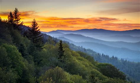 the only great smoky mountain national park map and guide
