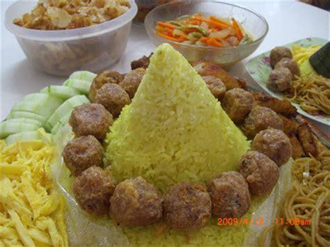 resep buat nasi kuning lezat resep keluarga cinta tumpeng nasi kuning ulang tahun
