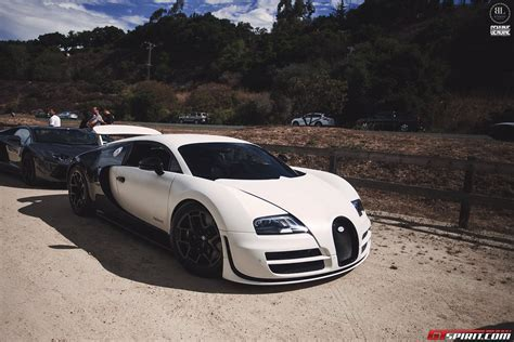 white bugatti veyron supersport bugatti veyron super sport white and black