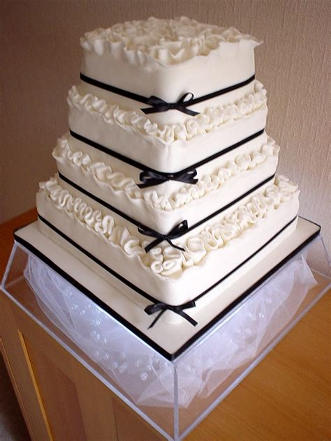 Wedding Square Cake by A Beautiful Collection Of Unique Square Wedding Cakes