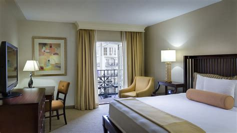 nashville hotel rooms gaylord opryland resort spa nashville tn 2800 opryland 37214