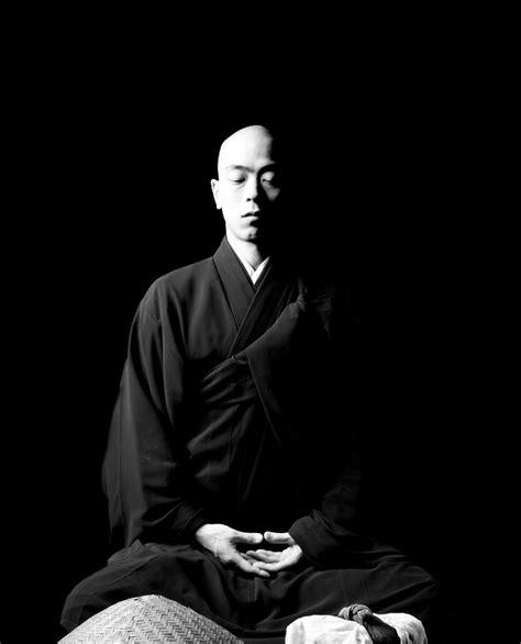 soto zen monk  zazen meditacao fotos budista