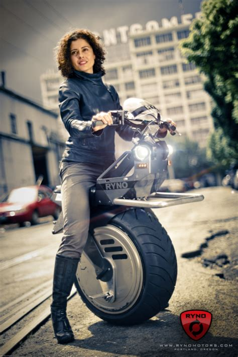 ryno motors uk batpod esque ryno the electric unicycle could be just