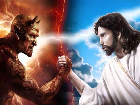 imagenes de jesucristo y satanas jesus x diabo a batalha final youtube
