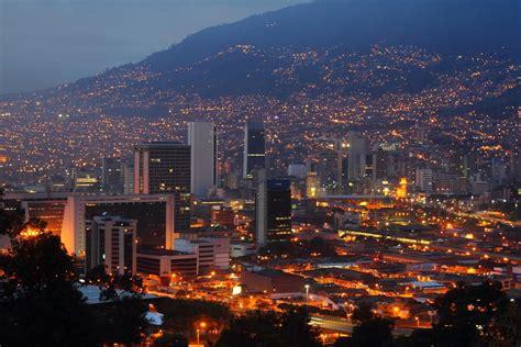 de medellin desmintiendo la capital de colombia deber 237 a ser medell 237 n