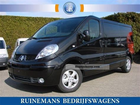 Shock Bagasi Hyundai H1 1pc renault trafic 2 0 dci 115 pk l2 h1 5 2x schuifdeur 2012 box type delivery photo and specs