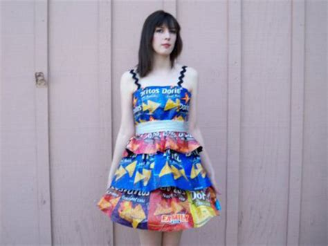 Check Out These 15 Crazy Homemade Prom Dresses   Business Insider