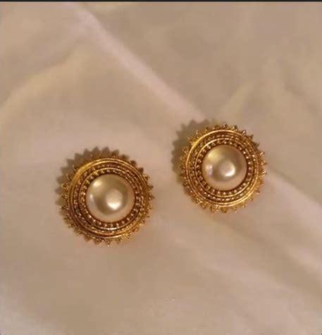 beautiful light weight daily wear gold earrings designs