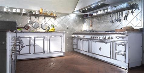 Palace Kitchen by Pitti Palace Kitchen Fitted Kitchens From Officine Gullo