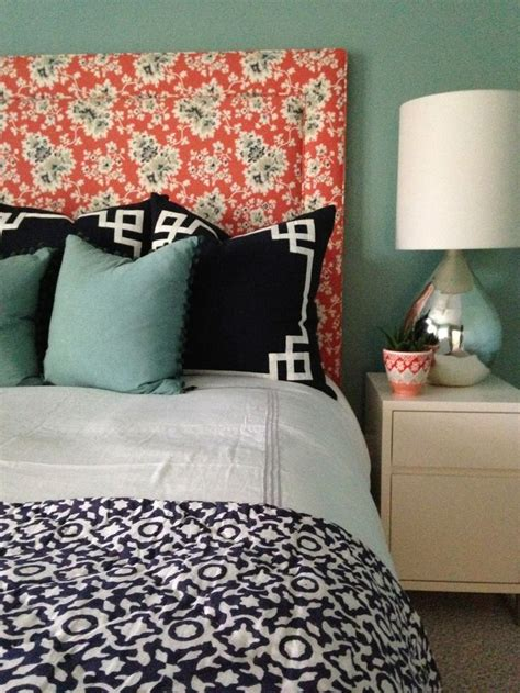 coral and blue bedroom coral and blue bedroom i m into that pinterest beach houses black pillows and