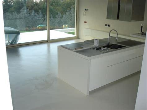 resine per pavimenti mapei decoresine realizzazioni pavimenti in resina