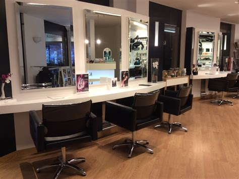 photo de salon coiffeur chaios