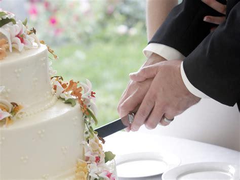 Hochzeitstorte Anschneiden by Gasthof Alt Engelsdorf Hotel Und Restaurant Geniessen In