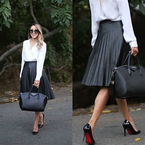 meghan k h m button j crew pleated leather skirt