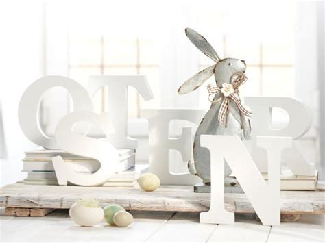 Easter Bunny Decor by Easter Decorating Ideas With Easter Bunnies Simple