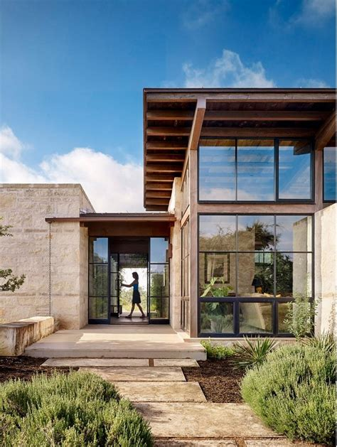 architects homes goat mountain ranch by lake flato architects