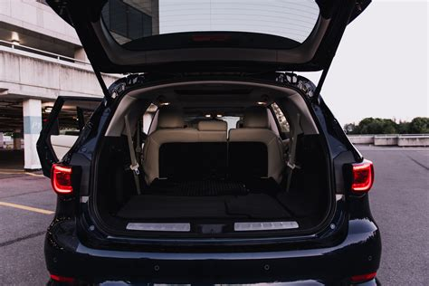 infiniti qx60 trunk space review 2016 infiniti qx60 canadian auto review