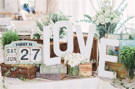 wedding table decoration singapore germaine and mitchell s glamorous wedding at shangri la hotel singapore singaporebrides