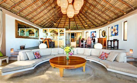 miramar ocean front villa  bedrooms