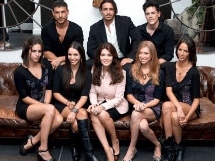 how much does vanderpump cast earn vanderpump rules cast want their salaries doubled the