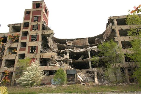 10 floors building plant detroityes webisode multi floor collapse at packard plant