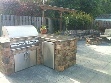 Backyard Grill Placement 17 Best Images About Outdoor Kitchens And Fireplaces On