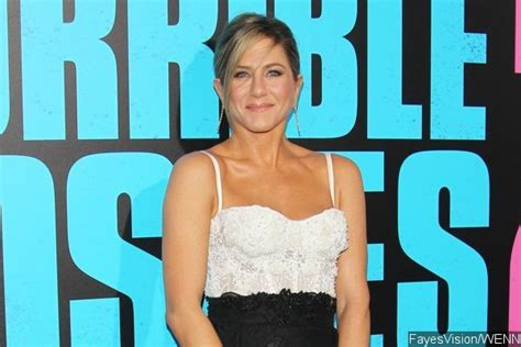 Aniston To Adopt Soon by Aniston S Rep Denies Adoption Report