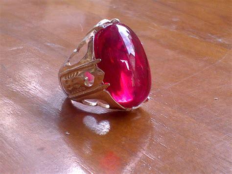Cincin Batu Akik Keraton batu delima merah 1 300x225 ciri ciri batu cincin merah